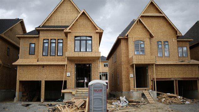 加拿大过热的房地产市场在升息的环境中会冷却
