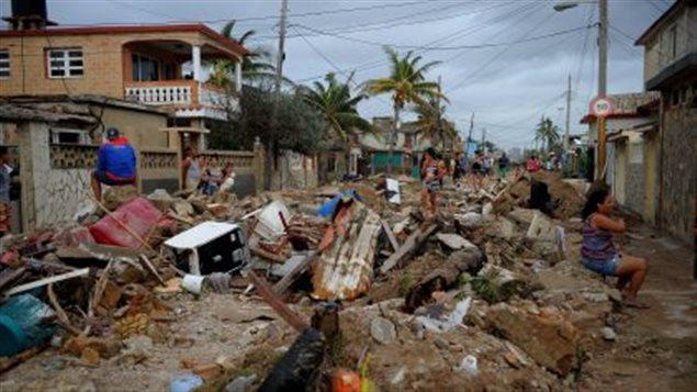 آثار الإعصار المدمر في كوبا