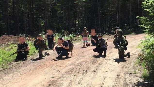 عناصر من الميليشيا اليمينية المسلحة