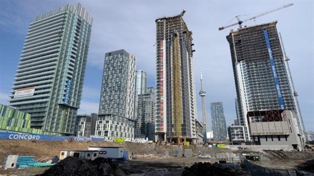 多伦多火热的高层公寓市场推动住房开工量上升