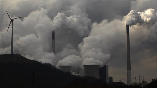 early half of Canadians believe the science behind global warming is unclear, according to the Ontario Science Centre's second annual Canadian science literacy survey.