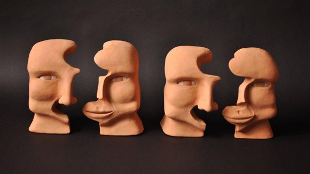 Todas las esculturas de Sierra están realizadas con arcilla.