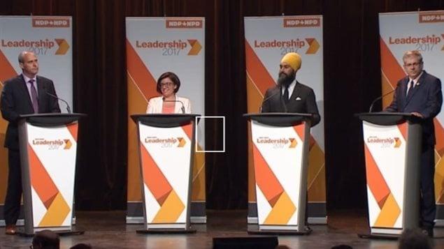 Les quatre candidats qui aspirent à remplacer Thomas Mulcair à la tête du Nouveau Parti démocratique (NPD), Charlie Angus, Niki Ashton, Jagmeet Singh et Guy Caron.