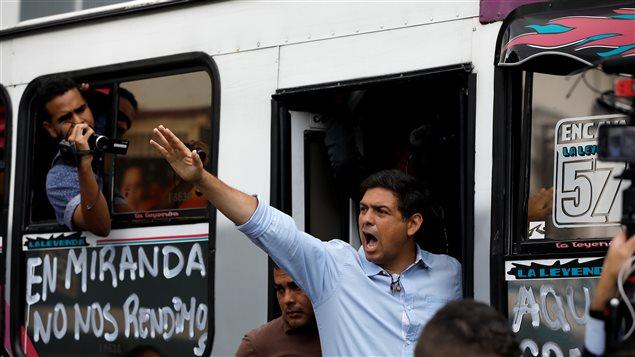 Carlos Ocariz de MUD durante las elecciones de este domingo 15 de octubre.
