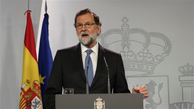 Spain's Prime Minister Mariano Rajoy delivers a statement after an extraordinary cabinet meeting at the Moncloa Palace in Madrid, Spain, October 27, 2017