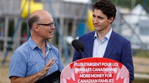 Le premier ministre Justin Trudeau effectuait une tournée au Canada le mois dernier pour faire valoir l'indexation de l'Allocation canadienne pour enfant lancée l'an dernier. Youtube