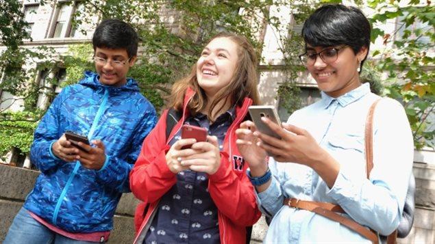 智能手机诱惑力太大,青少年普遍睡眠不足