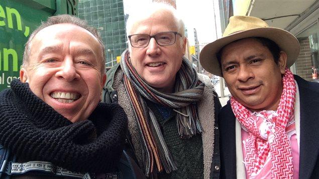 Bill Fairbairn (izq.) Alex Neve, Secretario general de Amnistía Internacional Canadá y Luis Fernando Arias, Consejero jurídico y Consejero mayor y representante legal de la Organización Nacional Indígena de Colombia, ONIC.