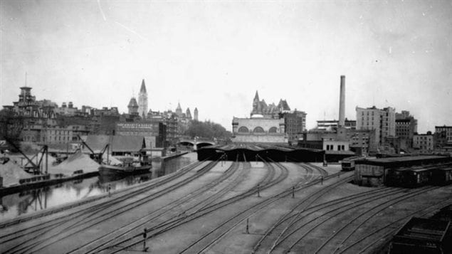 Railway tracks arrive at Union Station Ottawa next to the Rideau Canal in this archival photo.