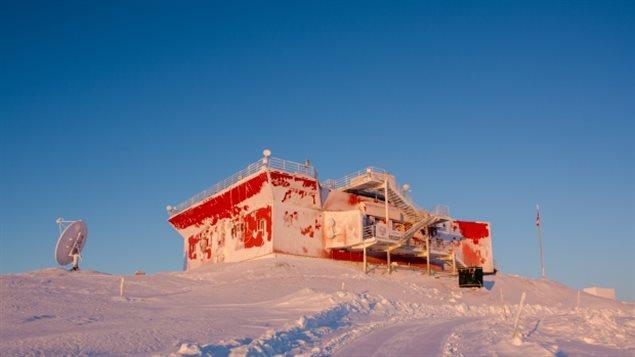 在北极圈高纬度地区维持研究所是很费钱的事情