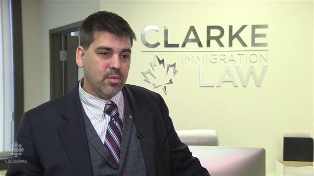 加拿大温尼伯律师 Alastair Clarke
