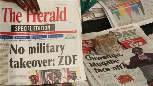 El ejército negó que haya realizado un golpe de Estado, agregando confusión a la situación.