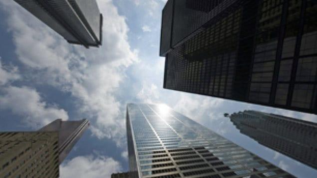 实际上加拿大五大银行规模差不太多