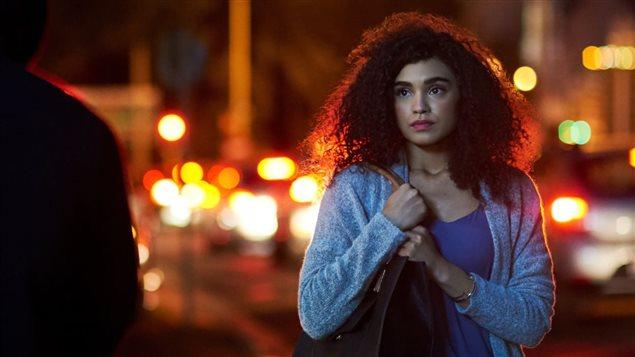 Les femmes se sentent moins en sécurité que les hommes, et ce, dans tous les groupes de population. Photo : iStock