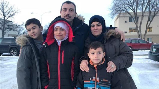 الأسرة السورية اللاجئة