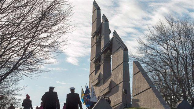 El monumento a la memoria de la explosión de Halifax en Fort Needham