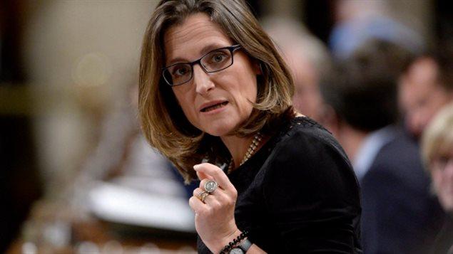 وزيرة الخارجية الكندية كريستيا فريلاند (أرشيف).