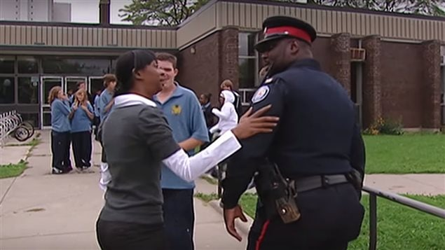 The Toronto District School Board decided last year to temporarily suspend the programme which saw armed police officers in school after some students and activist groups complained. A study of the neigbouring Peel district showed great benefits to the programme