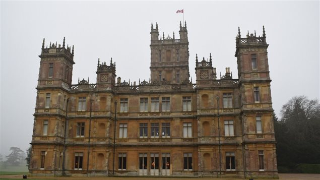 It might be a little hard to see, but for the first time a Canadian flag flies atop *Downtown Abbey*. Highclere Castle is celebrating it's role as the meeting place where discussions about the British North American Act and the creation of Canada were held.