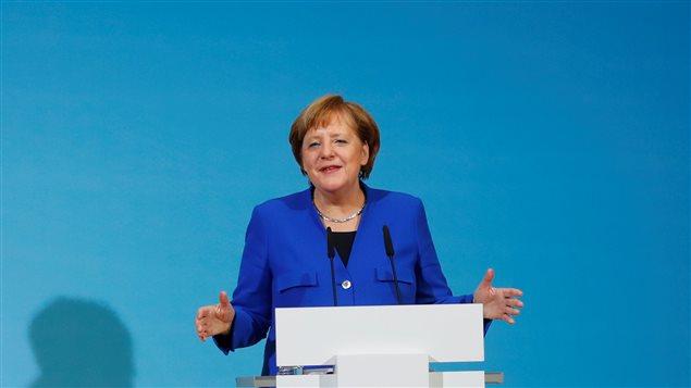 Merkel anuncia el principo de acuerdo de coalición.
