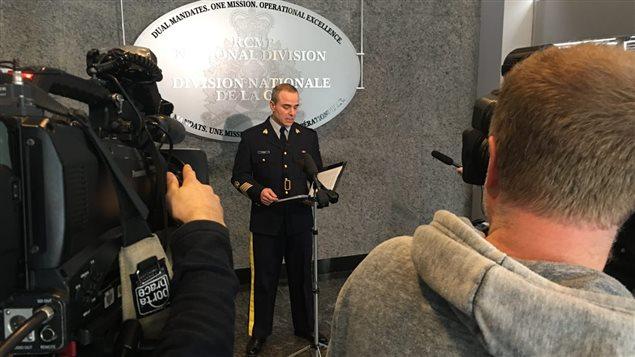 La division nationale de la GRC a annoncé l'arrestation du présumé exploitant du site Leakedsource.com. Photo : Radio-Canada/Laurie Trudel