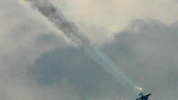 Un avion de chasse russe fait feu sur une cible géorgienne, le 8 août 2008, selon le ministère de l'Intérieur de la Géorgie.