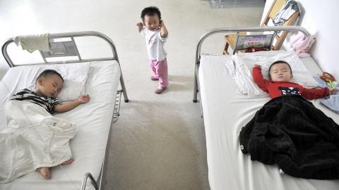 Des enfants intoxiqués par du lait contaminé en Chine