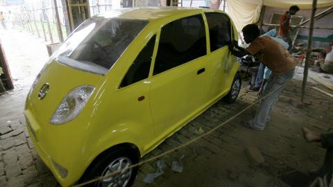 Réplique d'une Nano de Tata Motors