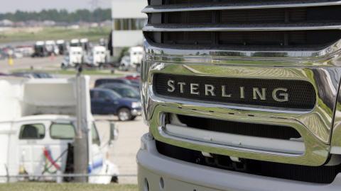 Un camion Sterling fabriqué à l'usine Daimler de St. Thomas en Ontario.