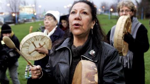Manifestation à la mémoire des femmes autochtones disparues au Canada, en décembre 2006 à Vancouver