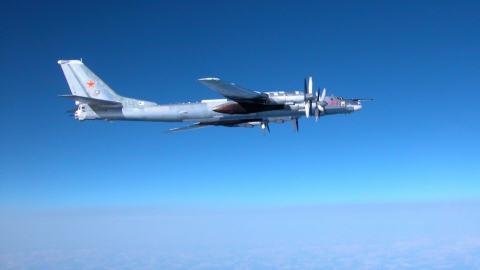 Un Tupolev 95, du nom de code BEAR.
