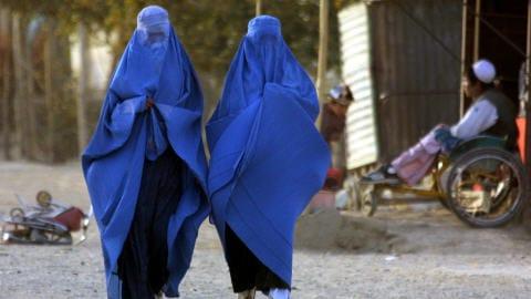 Des femmes afghanes dans une rue de Kaboul.