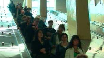 Escalier roulant du métro Laval