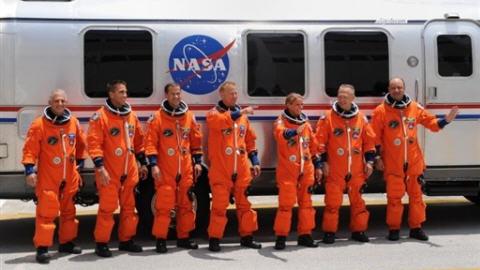 L'équipage de la navette Endeavour