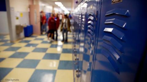 couloir d'une école