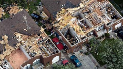 Maisons de Vaughan endommagées par la tornade