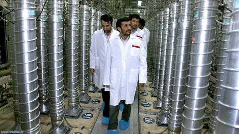 Le président iranien Mahmoud Ahmadinejad a visité l'usine d'enrichissement d'uranium de Natanz en avril 2008.
