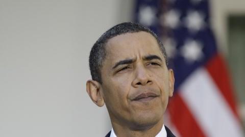 Le président des États-Unis, Barack Obama, réagit à son prix Nobel, dans le jardin de roses de la Maison-Blanche le 9 octobre 2009.