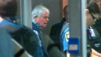Archives: Earl Jones, à son arrivée au palais de justice de Montréal le vendredi 15 janvier 2010