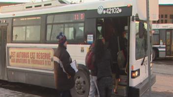 Autobus de la STS à Sherbrooke