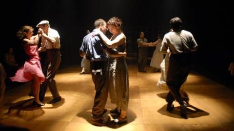 Scène extraite de «On achève bien les chevaux», l'adaptation théâtrale de Marie-Josée Bastien