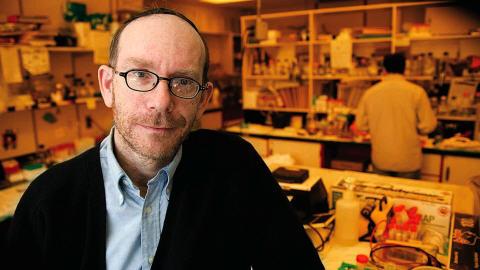 Moshe Szyf, directeur de la chaire professorale GlaxoSmithKline-IRSC en pharmacologie