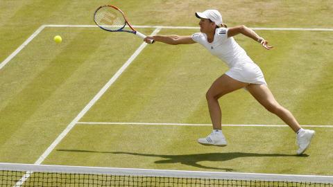 Justine Henin accède au 2e tour.