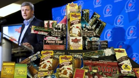 Stephen Harper a promis en 2008 de s'attaquer aux produits du tabac conçus pour les jeunes.
