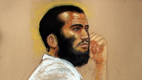 Omar Khadr lors d'une comparution à Guantanamo, le 28 avril 2010