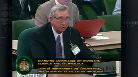 Jim Boles parle au nom de Delek Us Holdings, acheteur potentiel de Shell à Montréal-Est