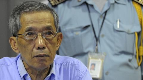 L'ancien commandant khmer rouge Kaing Guek Eav, à l'ouverture de son procès, le 17 février 2009