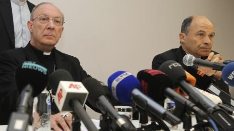 Archevêque André-Joseph Léonard et pédopsychiatre Peter Adrianssens