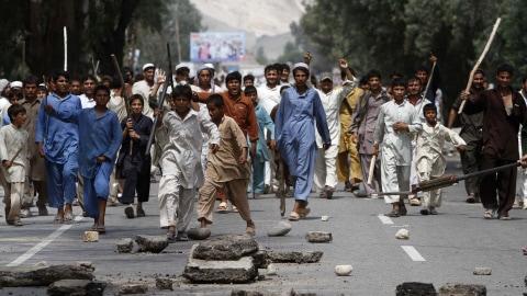 Des manifestants en colère dans les rues de Kaboul.