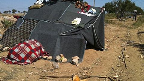 Une tente dans laquelle vivaient des immigrants au Maroc